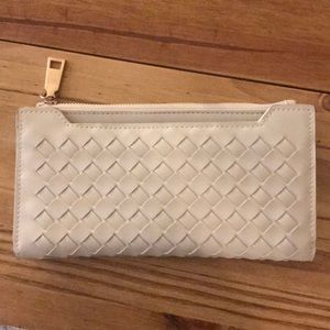 Urban Outfitters Expressions wallet - vegan